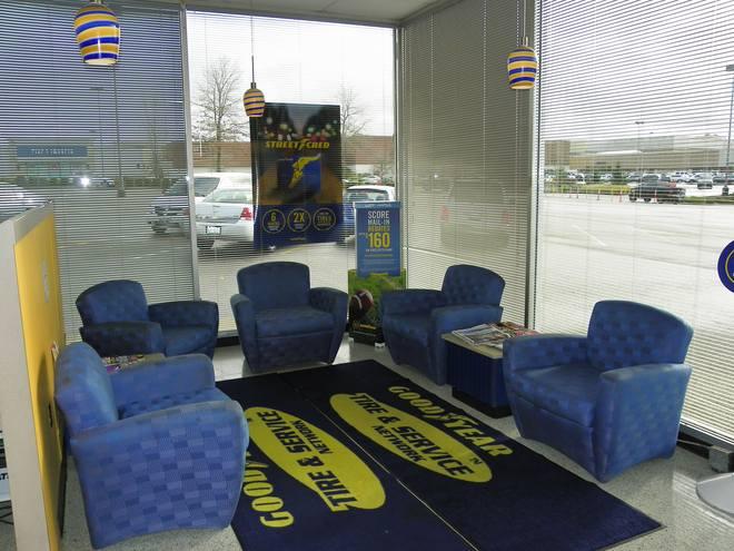 tacoma auto repair lounge